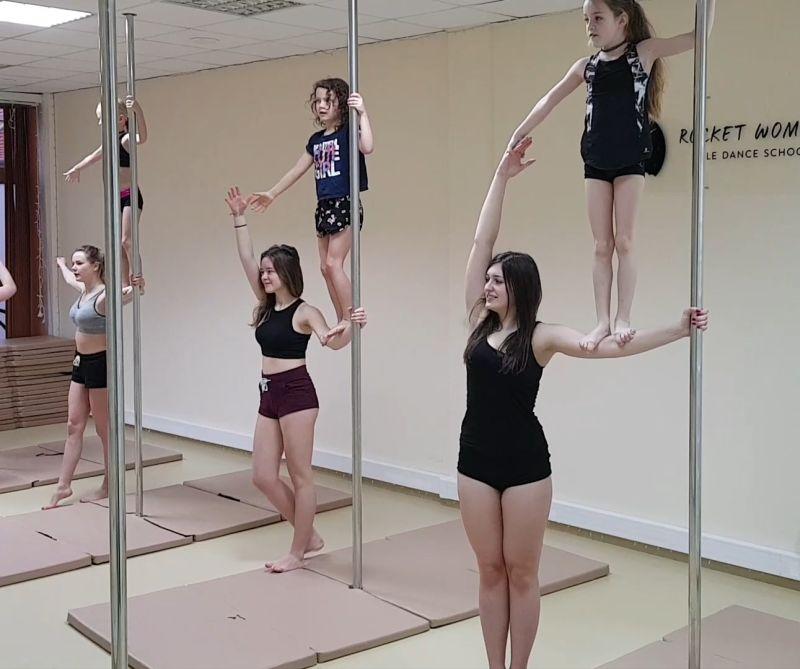 A w grupie podstawowej przyszedł czas na wspólną choreografię 😊 💕