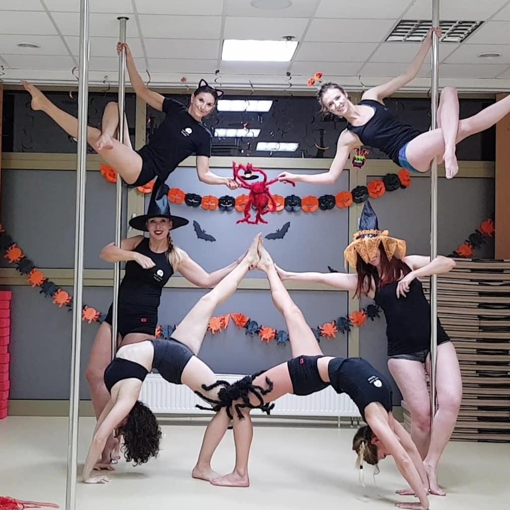 Halloween 2018 - grupa średniozaawansowana 👻 🧛♀️